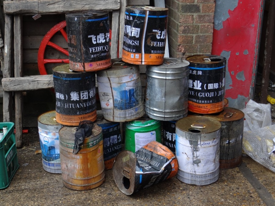 Assorted Chinese Oil Cans