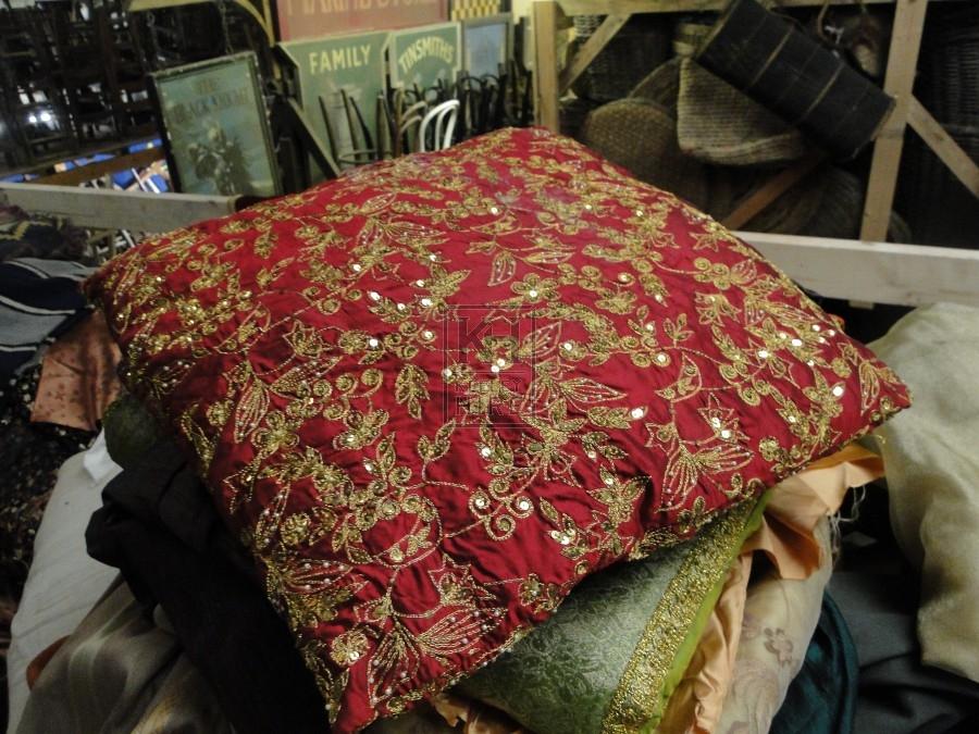Decorate Cushion