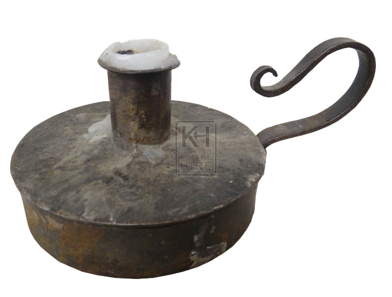 Round iron candle holder with handle