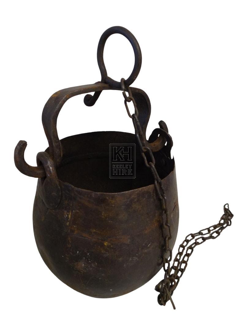 Bulbous iron cooking pot