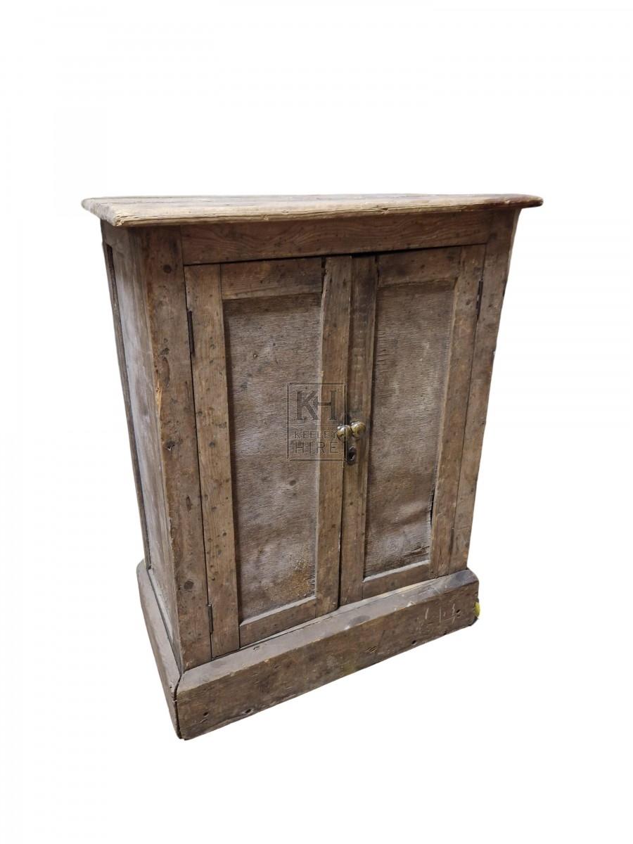 Light wood 2-door cupboard