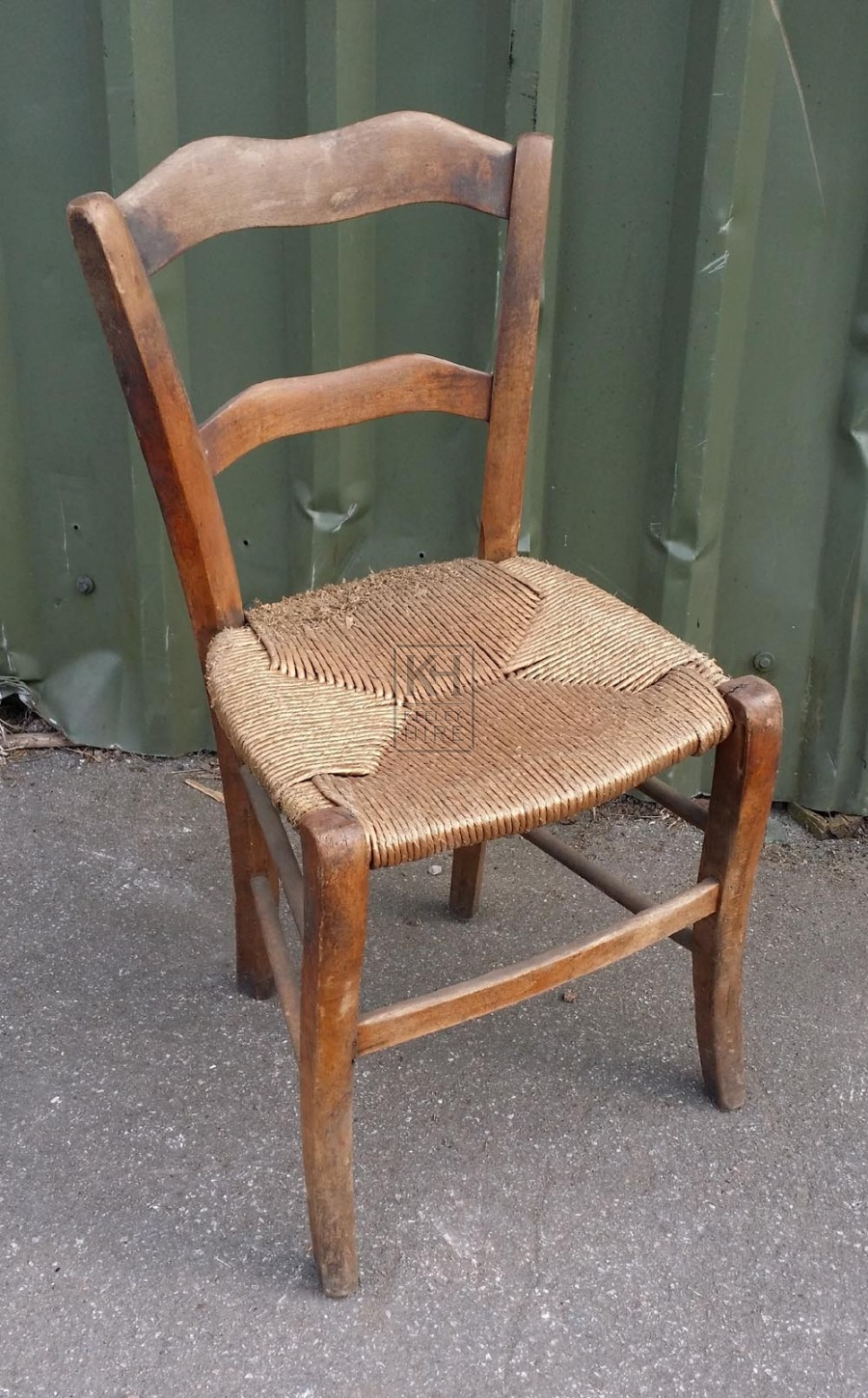 Chairs Prop Hire » Straw seat wood chair - Keeley Hire