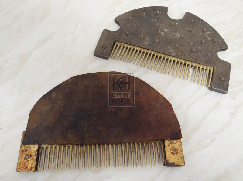 Early combs