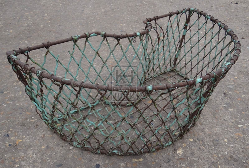 Metal shaped lobster creel