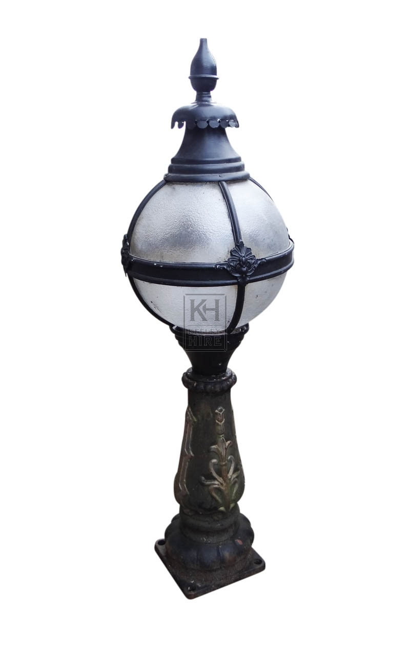 Victoria lamp top on iron pedestal