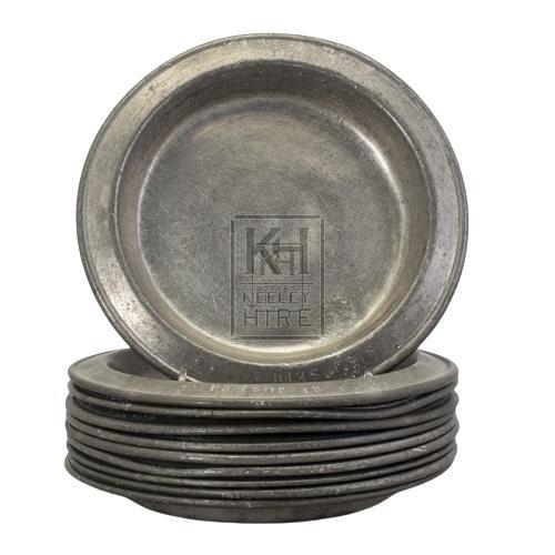 Old tin plates