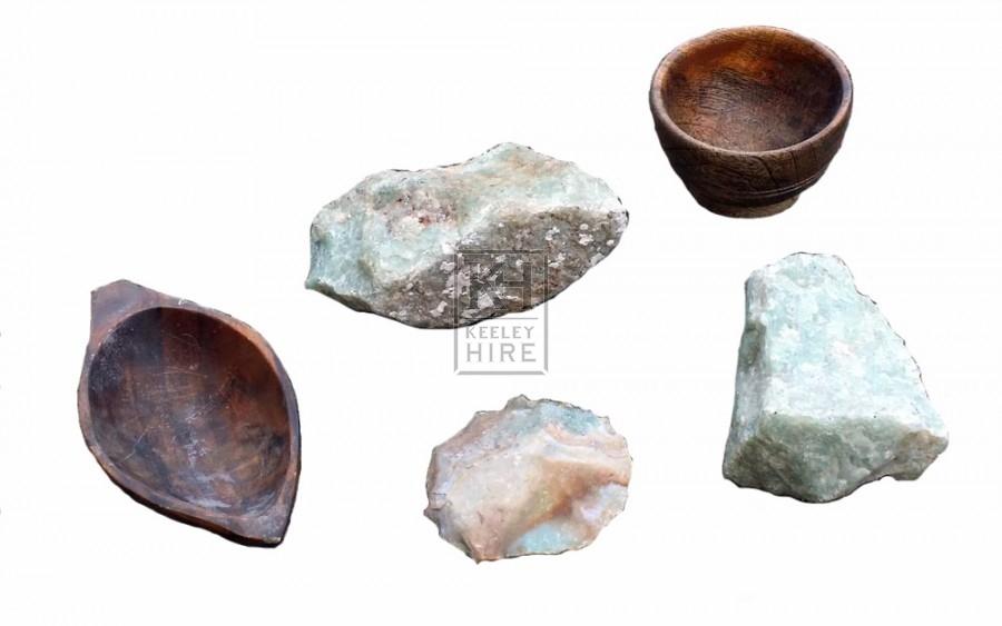 Assorted flint rocks