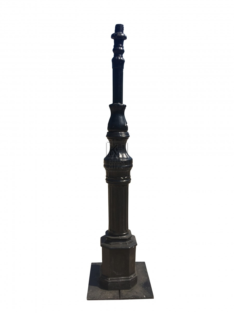 8ft Bridgepost Lamppost