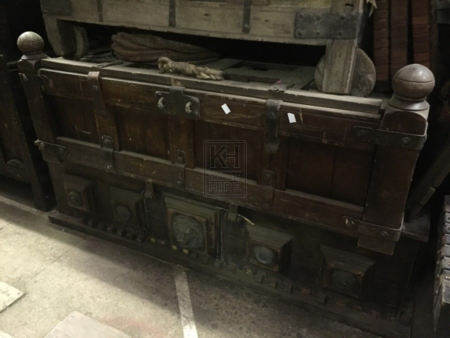 Low Coffer Chest with Globe Corners