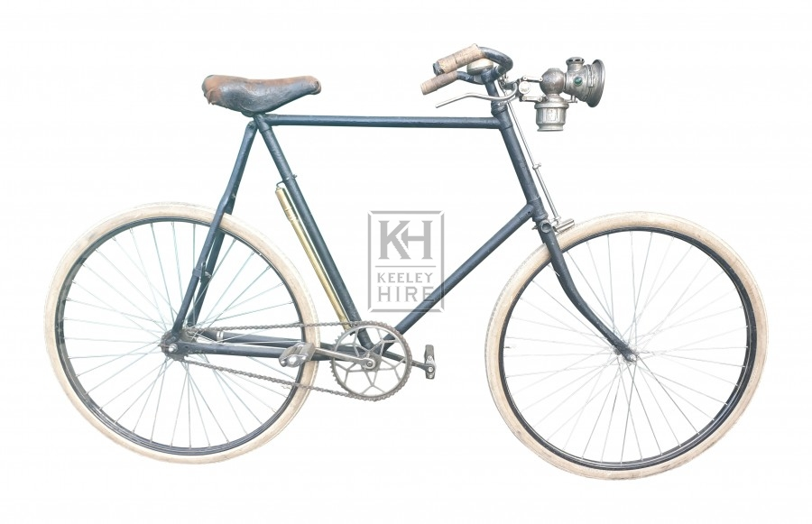 Gents Victorian bicycle with white tyres