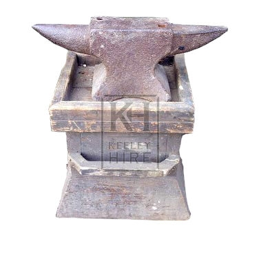2-pointed iron anvil & stand