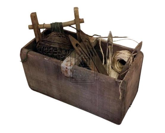 Fish net mending kit # 2