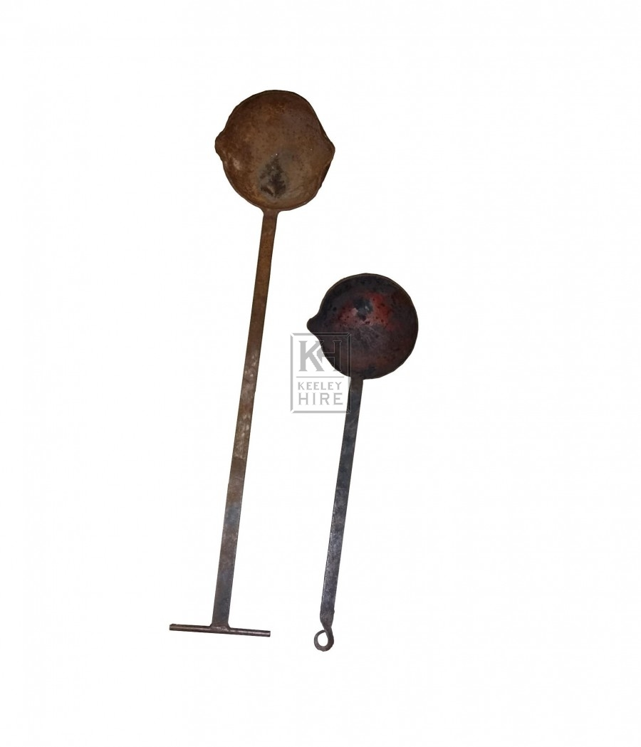 Large smelting ladles