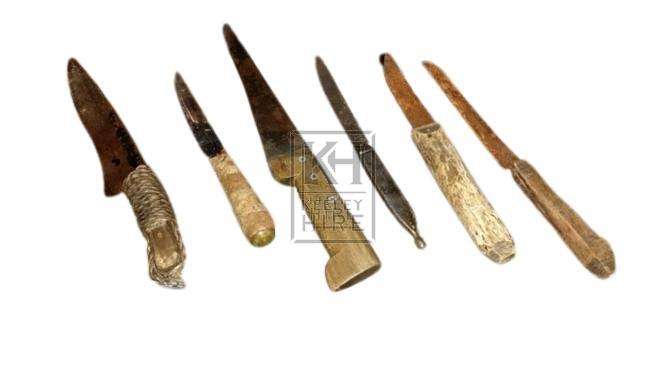 Fish gutting knives