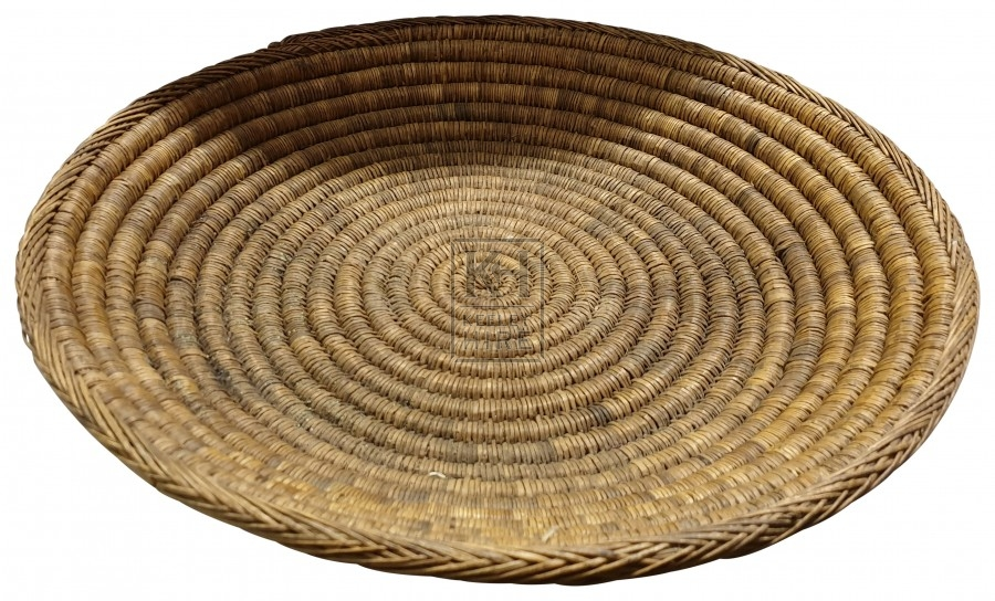 Assorted flat straw woven baskets