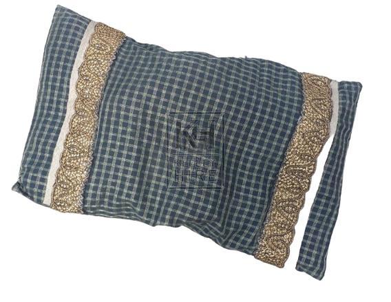 Green & gold cushion
