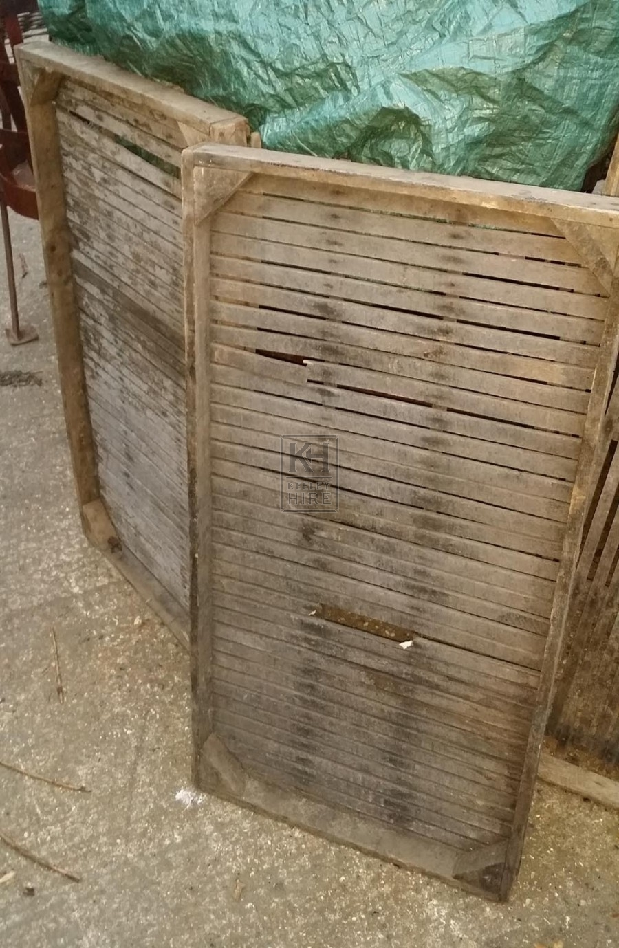 Rectangle slatted hop crate