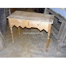 Pine wood table with drawers