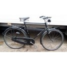 Gents black bicycle with carrier