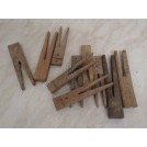 Straight wood clothes pegs