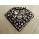 Jewelled broach
