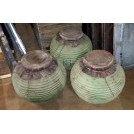 Medium bulbous ribbed pots