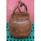Round bottom iron cooking pot