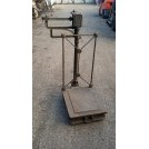 Floorstanding iron grain weighing scales