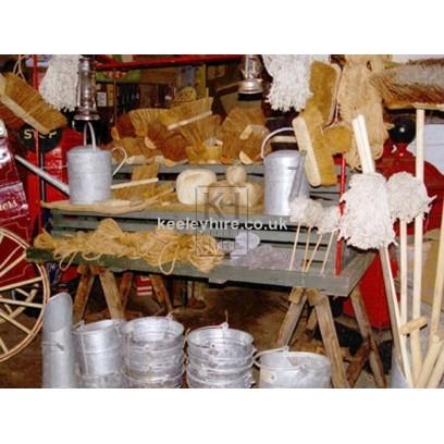 Trestle market stall dressed - Hardware