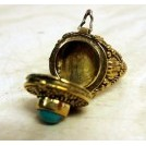Silver ring with snuff holder