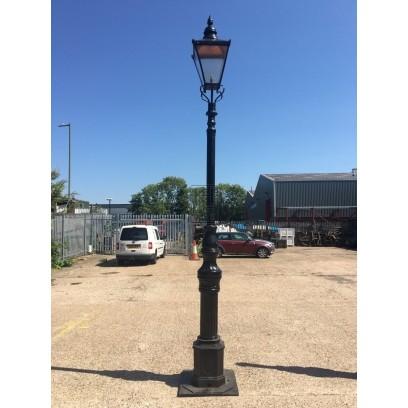 10ft Bridgepost Lamppost