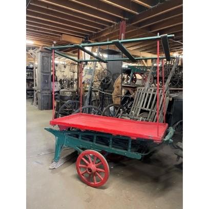 Period 2-wheel Coster Barrow
