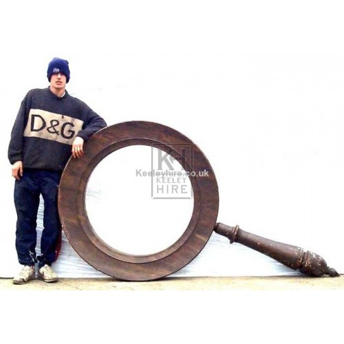 Giant And Oversized Prop Hire » Giant magnifying glass - Keeley Hire