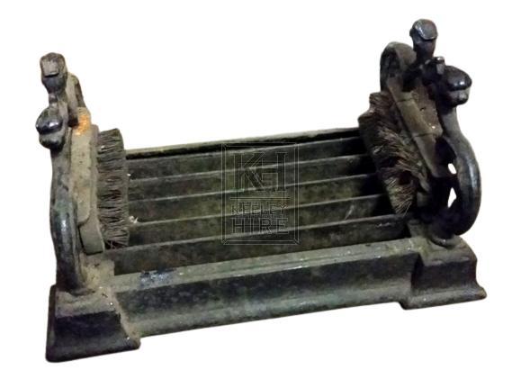 Iron foot scraper