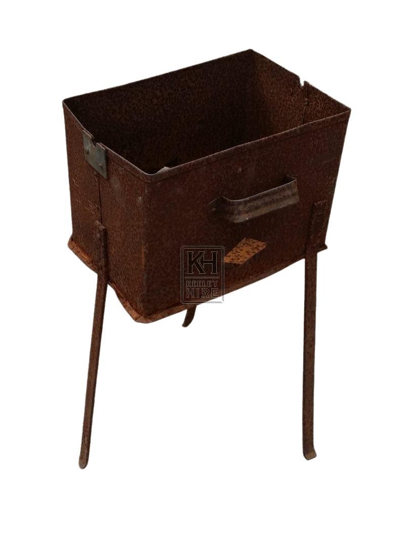Iron square brazier