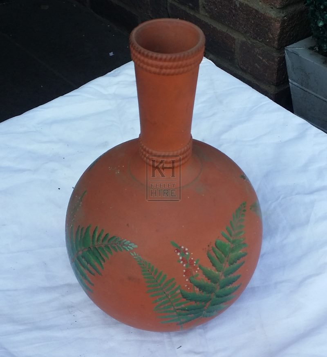 Ceramic bulbous vase with leaf pattern