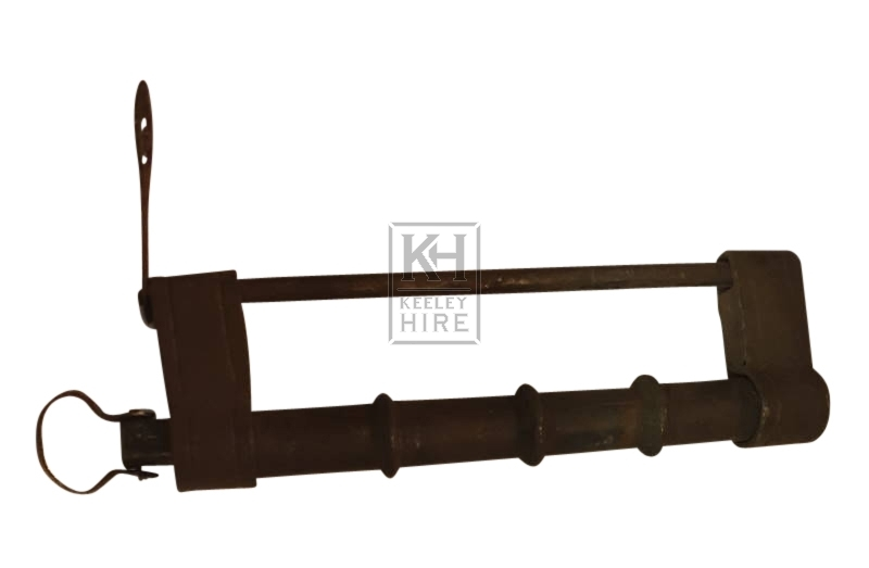 Large straight padlock