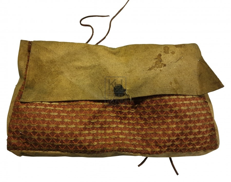 Canvas bag with line pattern