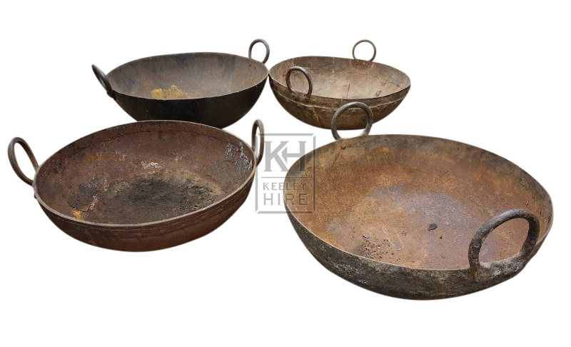 Large iron bowl with 2-handles