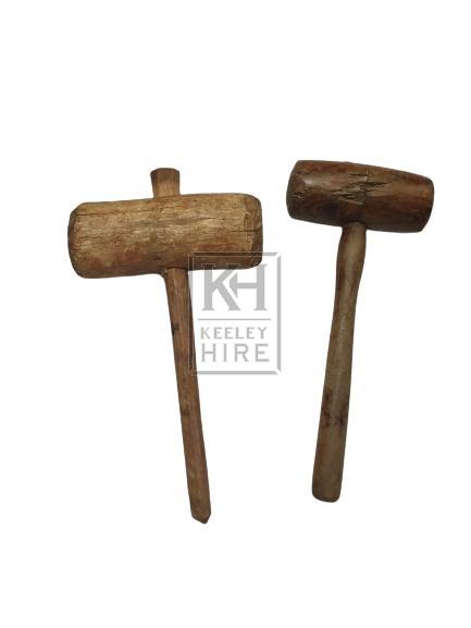 Round wood mallet