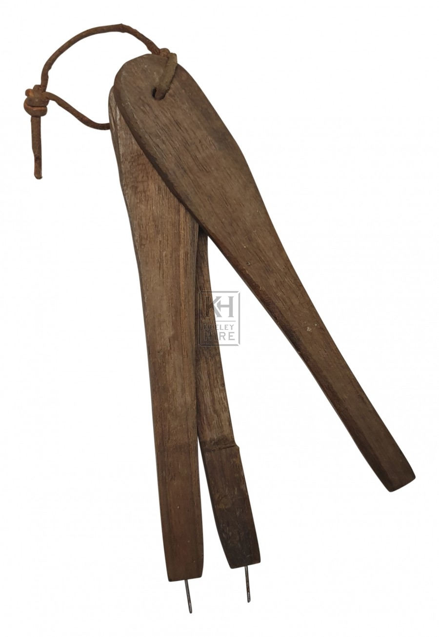 Early wood compass marking tool