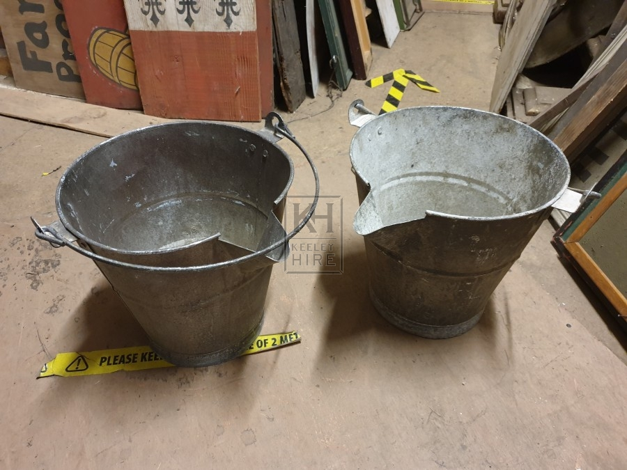 Metal bucket with spout