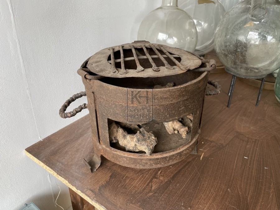 Small Round Aged Metal Burner with Grill