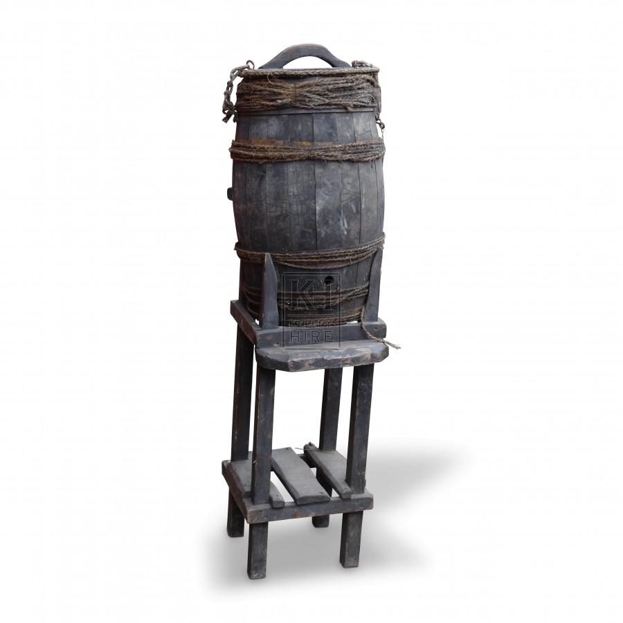 Floorstanding Upright Barrel Stand