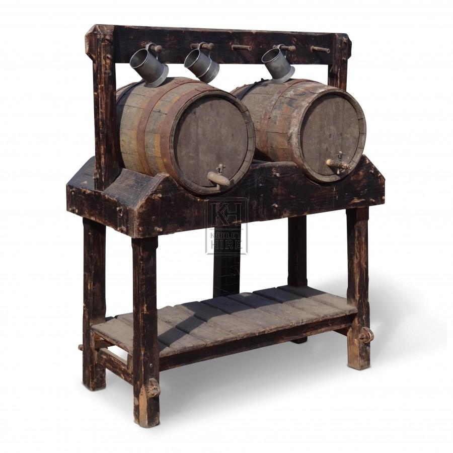 Double wood barrel stand & 2 barrels FS