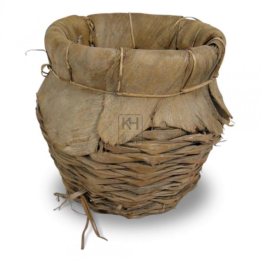 Early round wicker basket