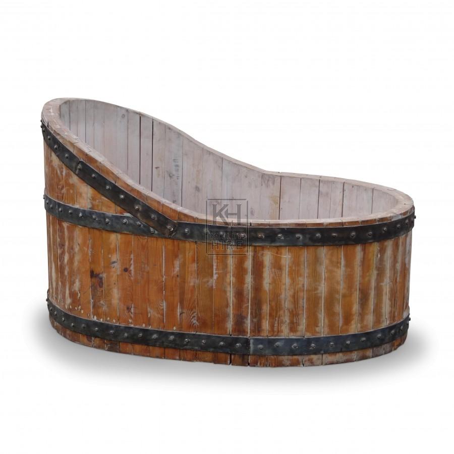 Plain Wooden Bath Tub with Iron Banding