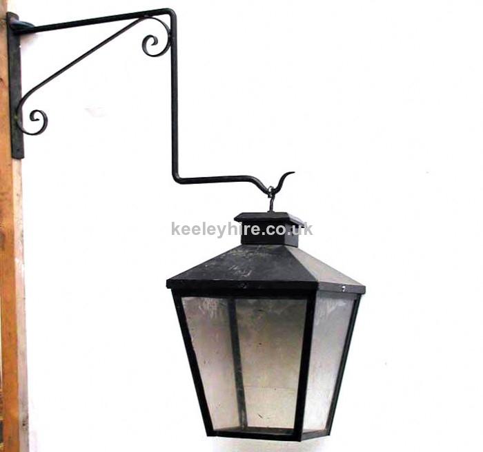 Wall Mounted Street Light & bracket