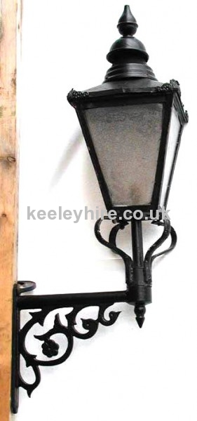 Small Square Street Lamp Top On Bracket