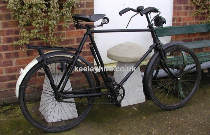 2nd World War bicycle with white flash